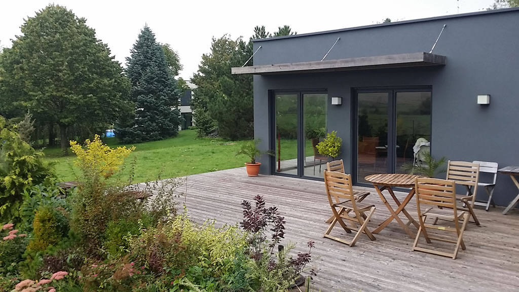 extension ossature bois 30 m2 terrasse en bois composite 100 m2. Black Bedroom Furniture Sets. Home Design Ideas