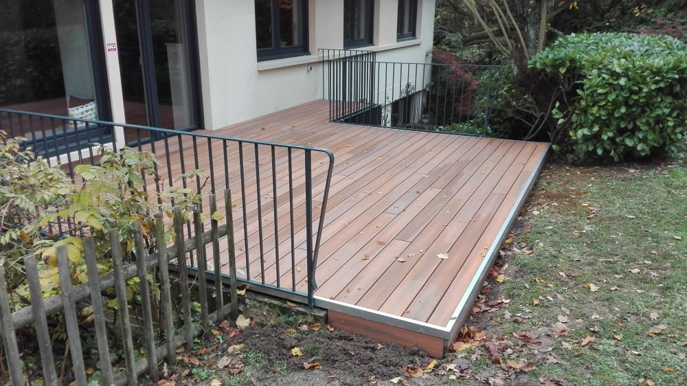 tecnhome-terrasse-bois-composite-24m2-bardage-composite-saint-julien-les-metz