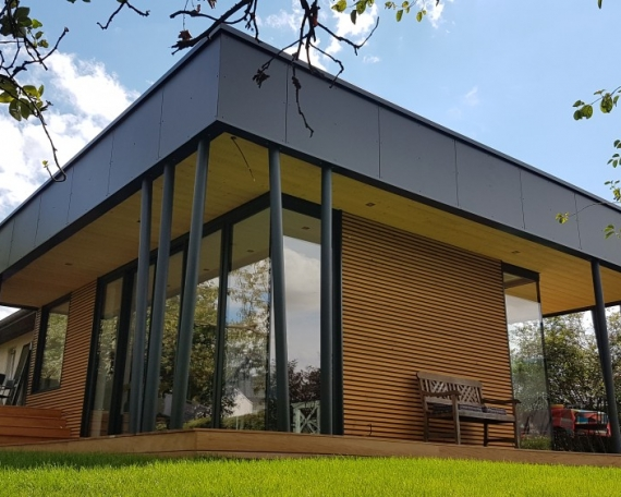 Luxembourg show room for Extension 40m2