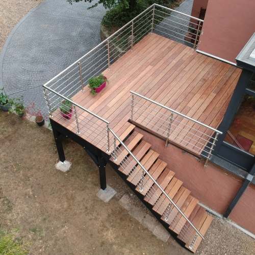 terrasse sur pilotis bois cumaru 8m. Black Bedroom Furniture Sets. Home Design Ideas