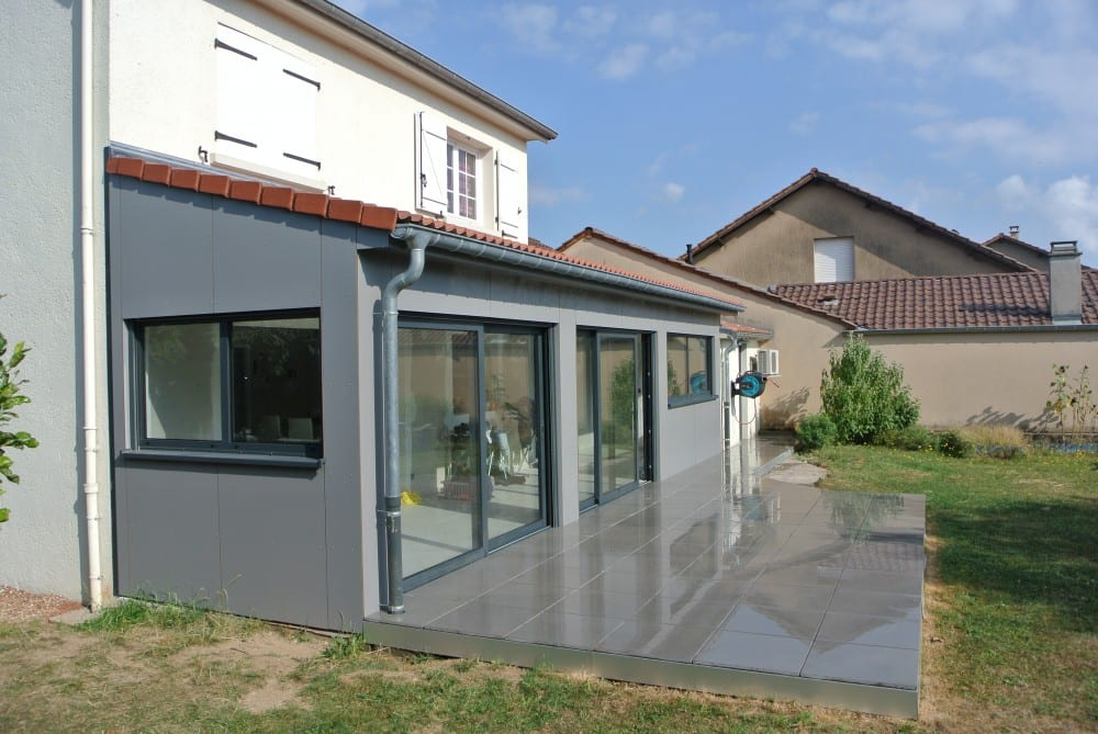 Extension ossature bois bardage composite terrasse for Extension maison 25m2