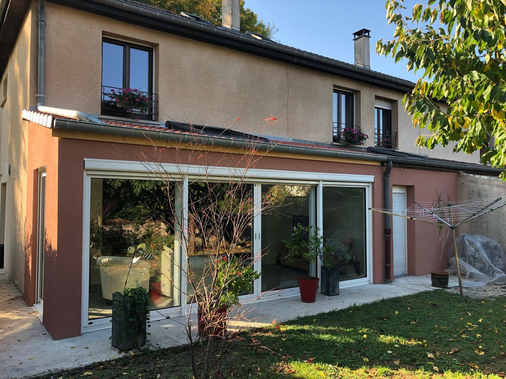 Tecnhome fabricant maisons extensions ossature bois for Extension maison ossature bois sur pilotis